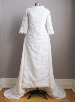 1960s Wedding Gown Chapel Train VL1026