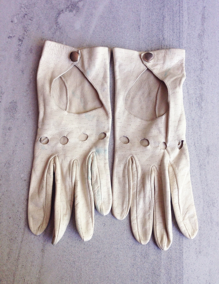 Vintage 1950s Driving Gloves Cream Leather Vintage Logic